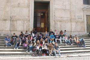 Santa María del Popolo alberga los cuadros del Caravaggio: La conversión de San Pablo y la Crucifixión de San Pedro.