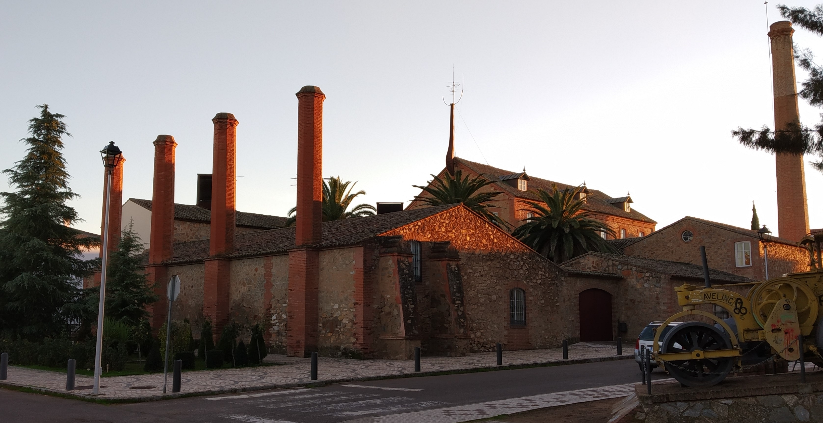 The old White-Factory